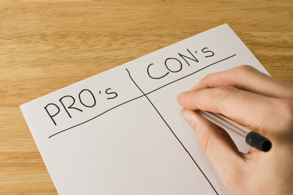 Pros and cons when buying a new house