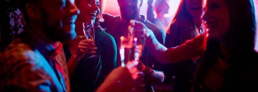 delray beach nightlife | people laughing and dancing