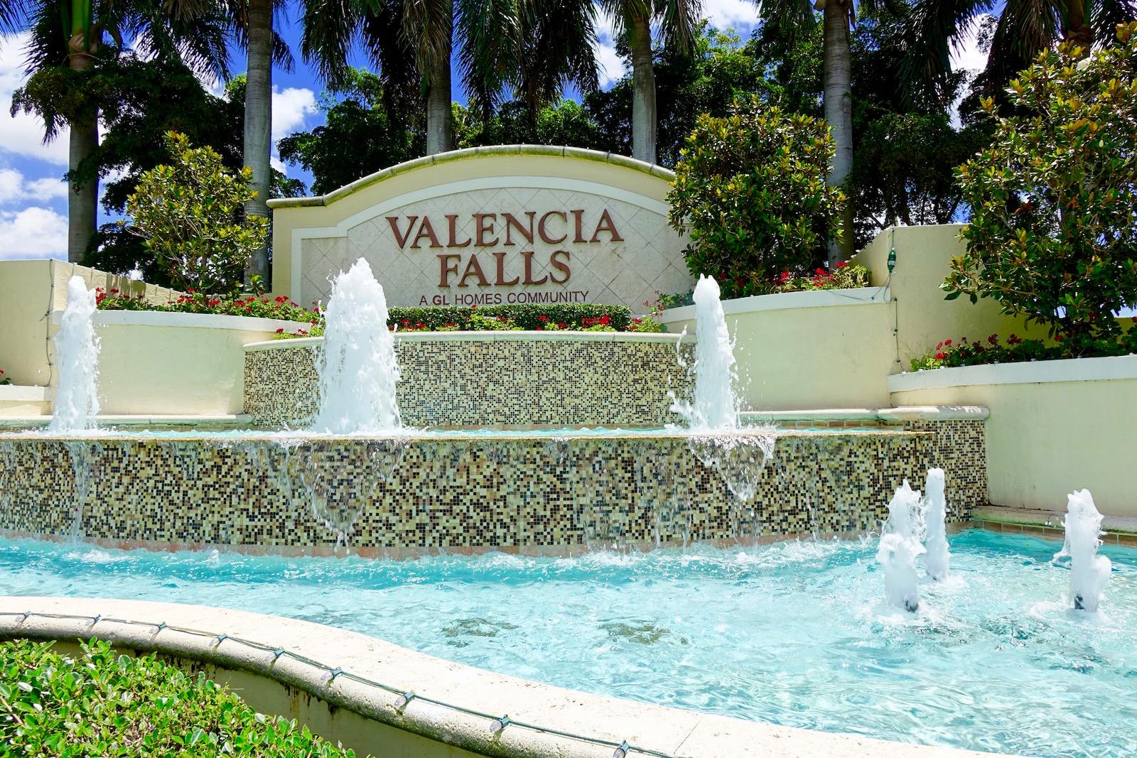 valencia falls | delray beach