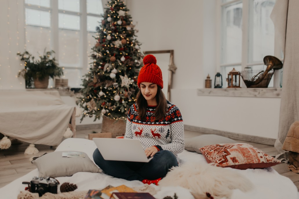 Make a Holiday Cleaning Checklist- Check it Twice