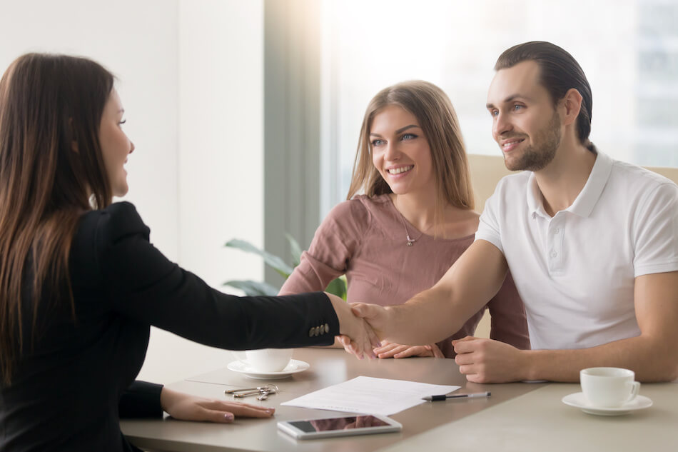 Why to Work With a Real Estate Agent
