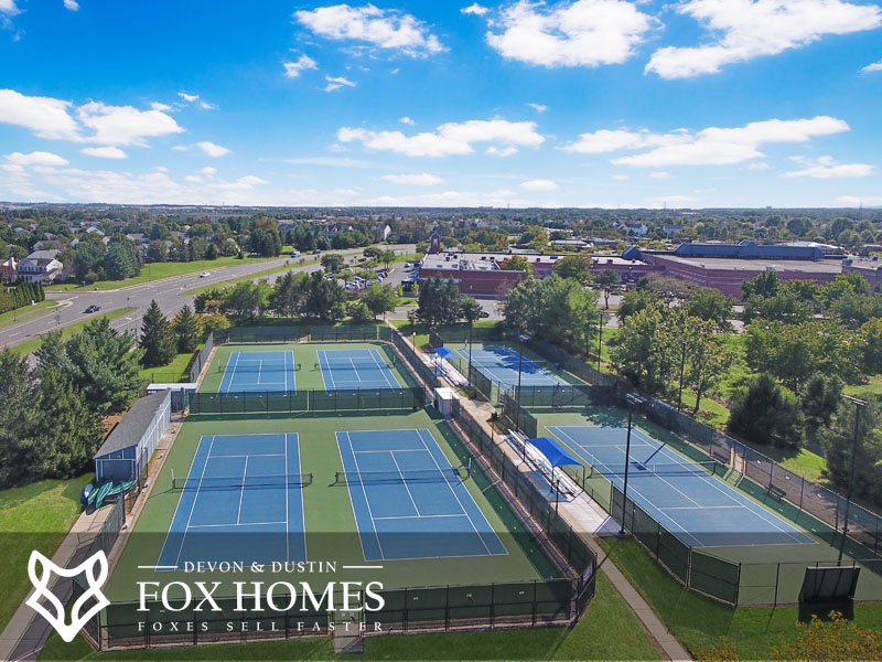 Ashburn Village tennis courts