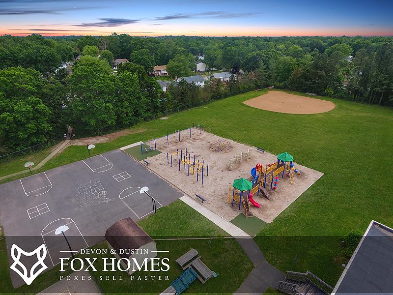 Deer Park Elementary Centreville School Grounds
