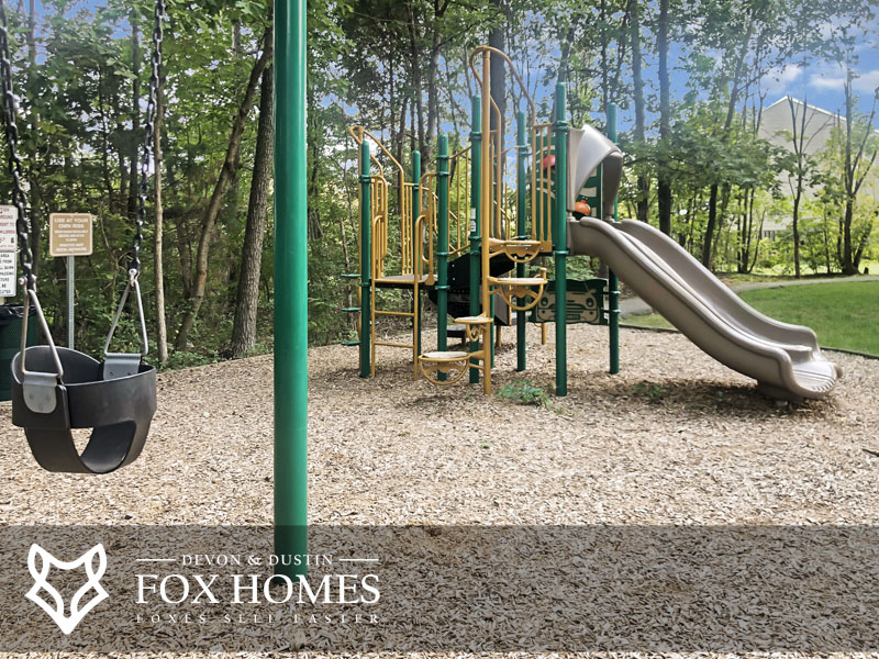 Green Trails Manorgate tot lot playground