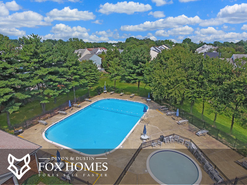 Singletons Grove Centreville Pool