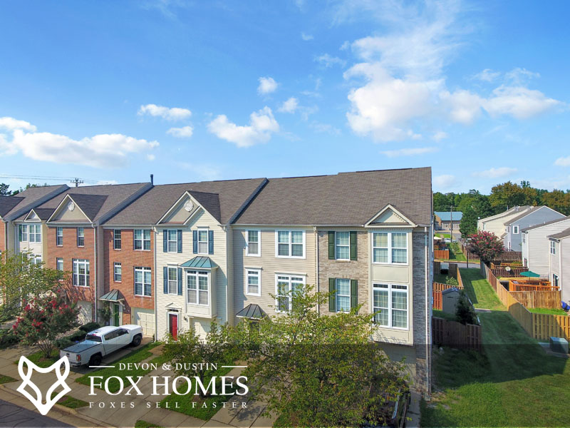 Woodgate Crossing Centreville Community Real Estate