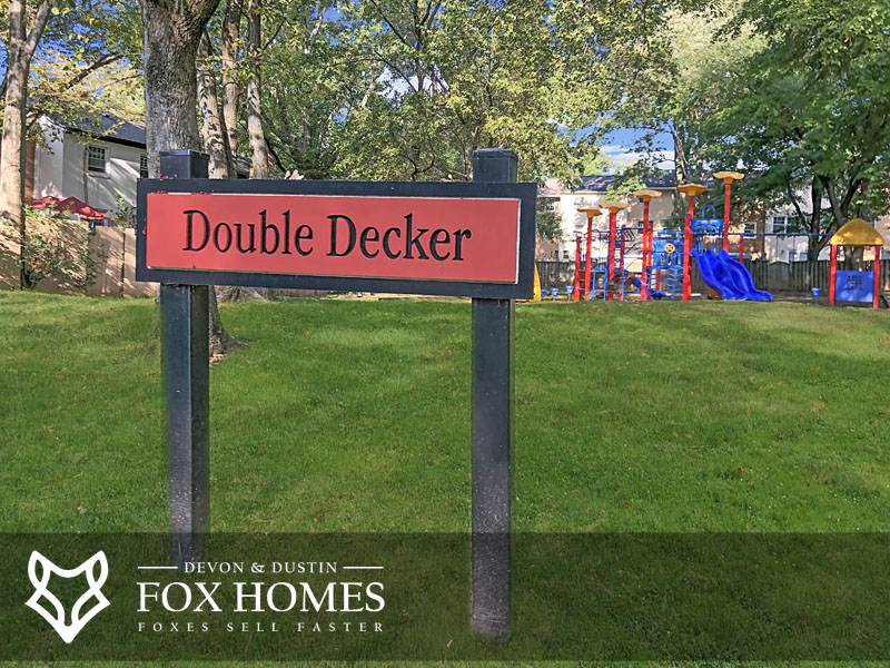 London Towne West Double decker tot lot