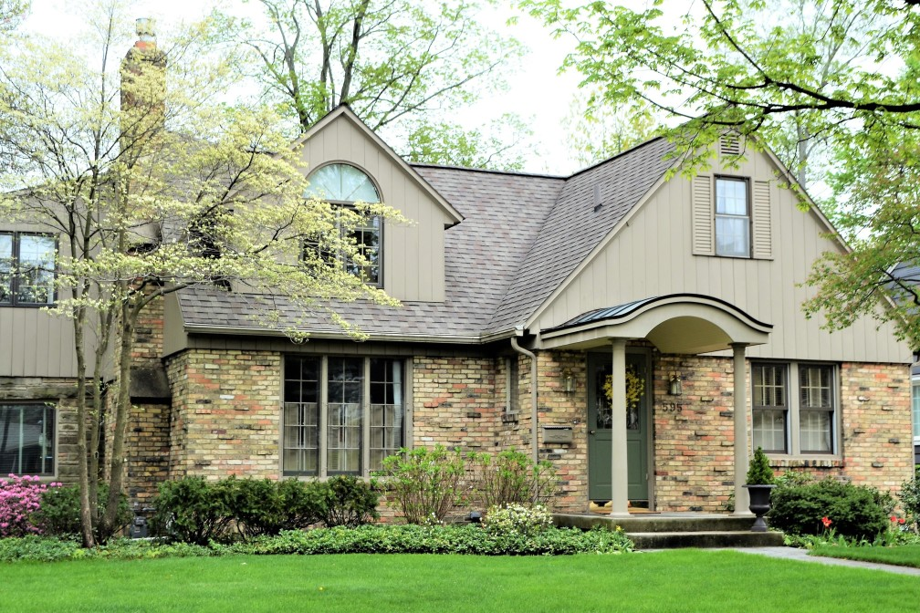 What to Do if You Want to Sell Your Fairways of Champion Circle Home