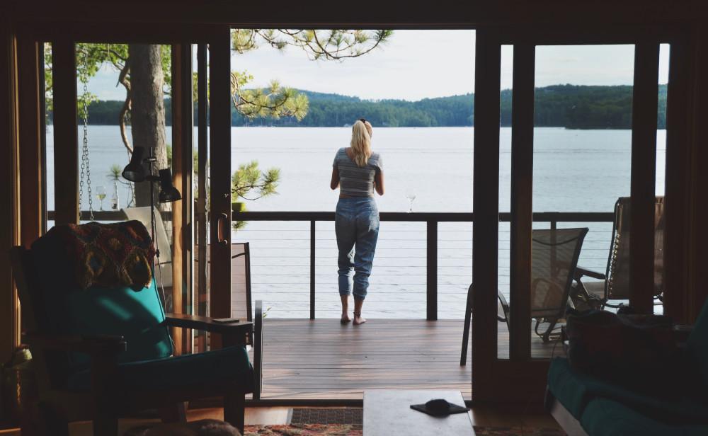 7 Things Buyers Look for in Lake Homes