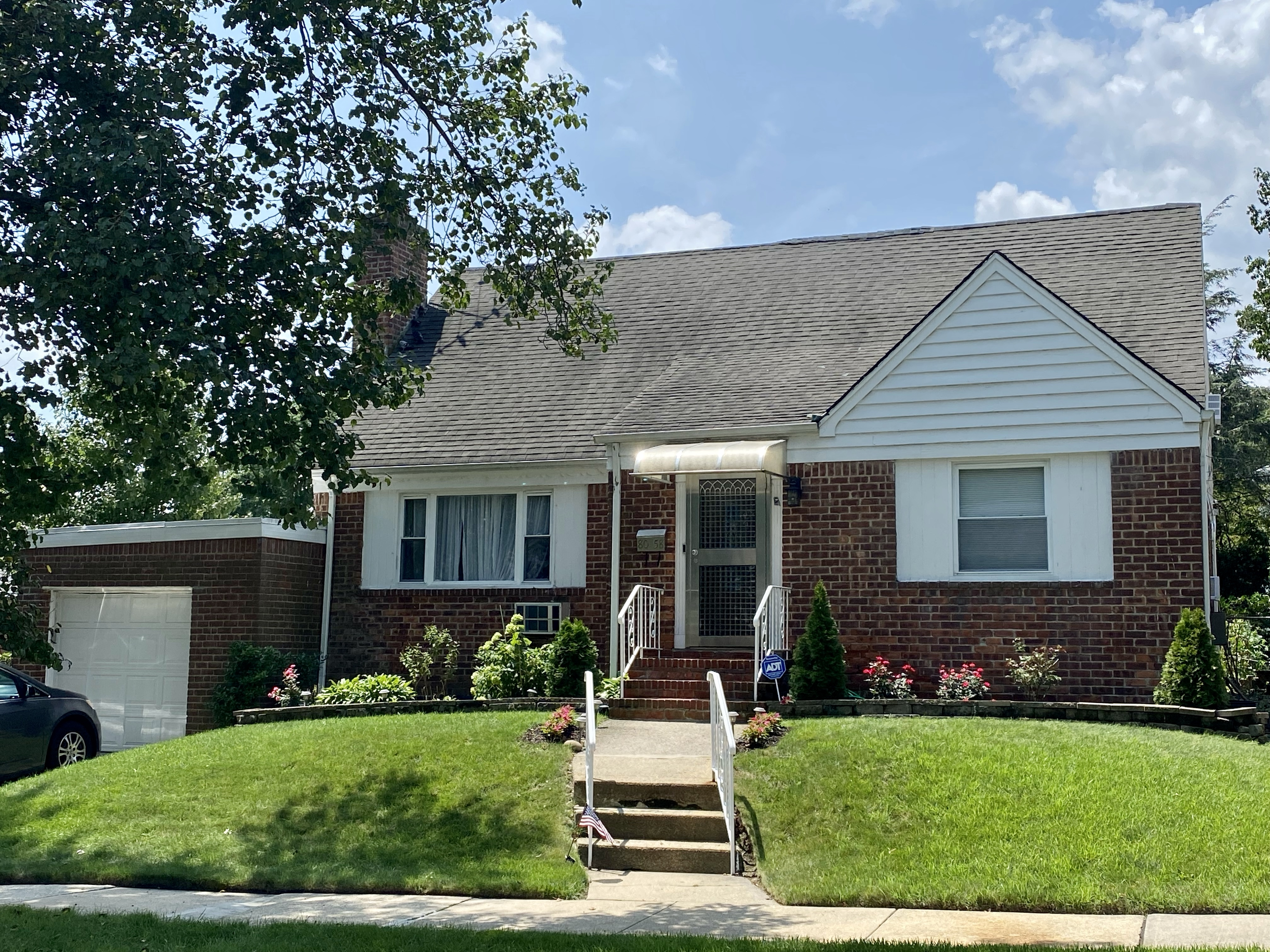 Single-family home for sale in Bellerose Manor