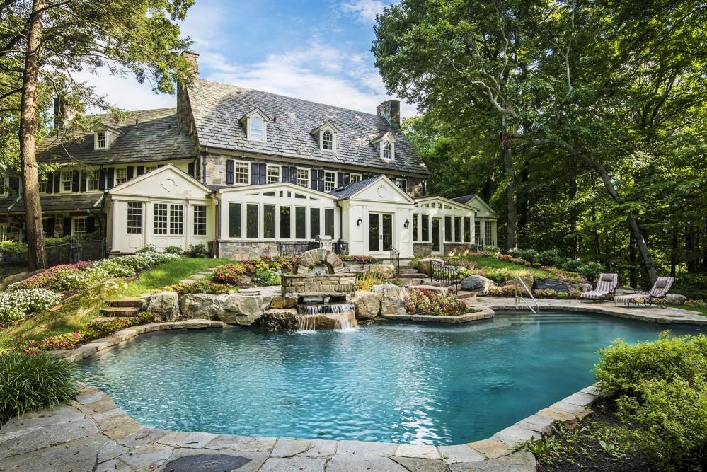 Lake Oswego Luxury Homes