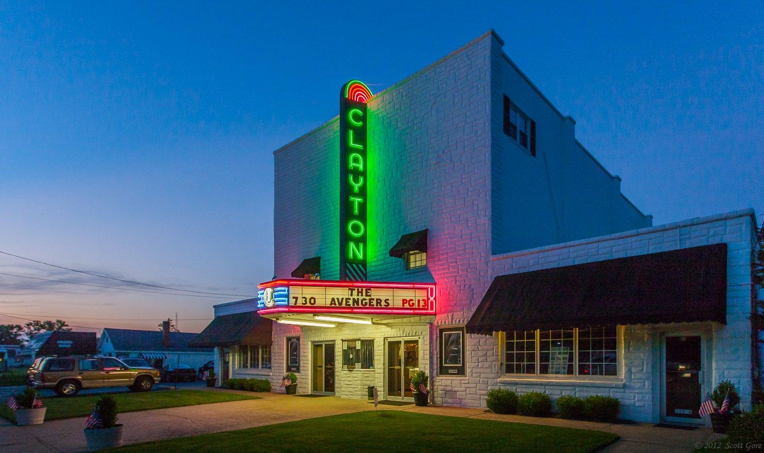 Clayton-Theater-Shorebread-Photo