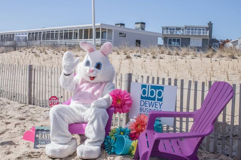 Dewey-Beach-Easter-Egg-Scoop-Cape-Gazette-Photo