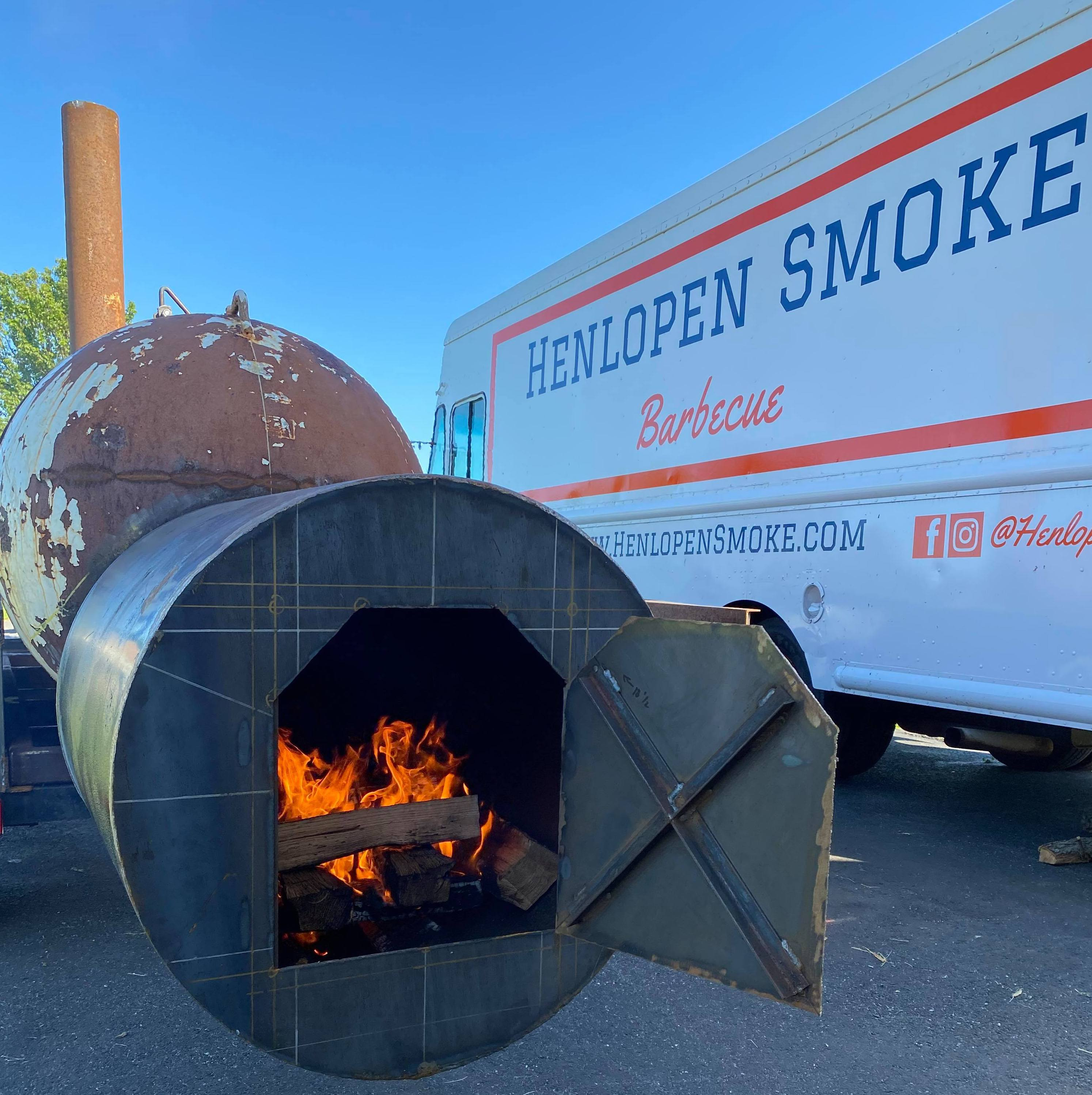 Henlopen Smoke Smoker and Food Truck