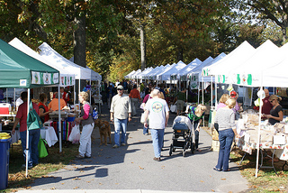 Rehoboth Beach Farmer's Market - Image Credit: http://www.flickr.com/photos/agriculturede/8590537456/