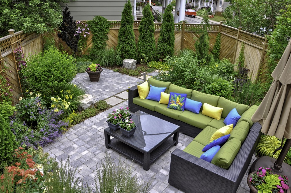 Backyard Renovation Ideas for New Homeowners