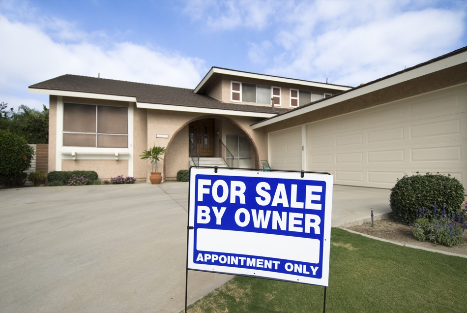 Should You Sell Your Home Without Help from a Professional?