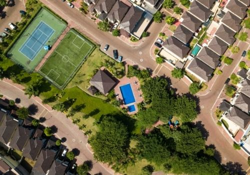 What to Know about Buying into a Gated Community in Fort Myers, Florida