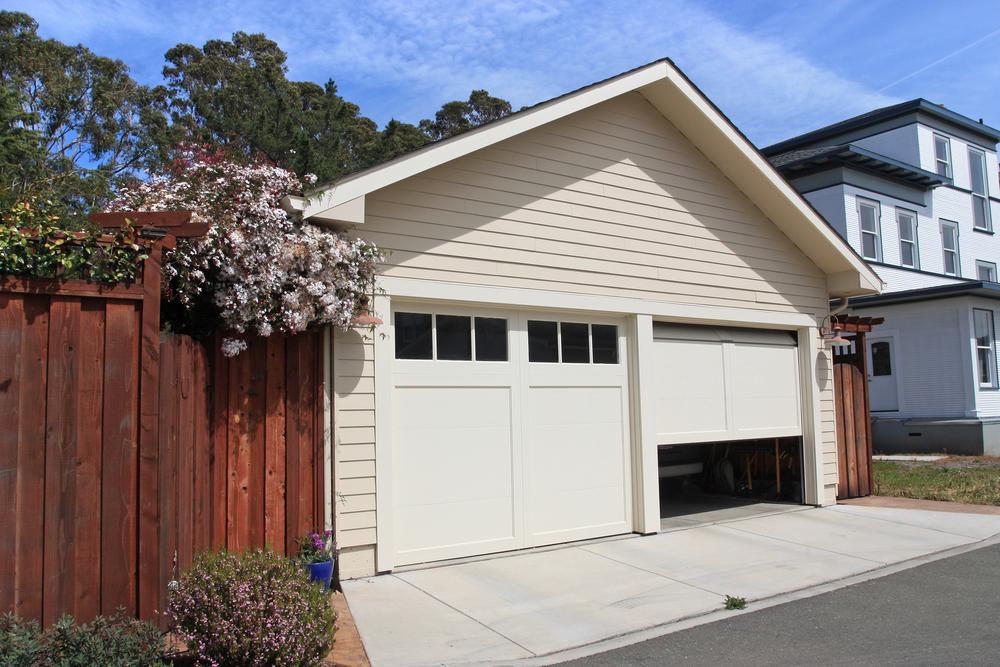 garage on a scottsdale home