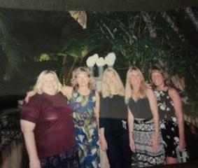 girls posing before dinner at west palm beach restaurant in florida