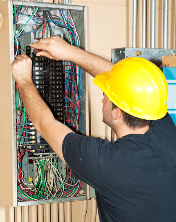 scottsdale electrician fixing electric panel