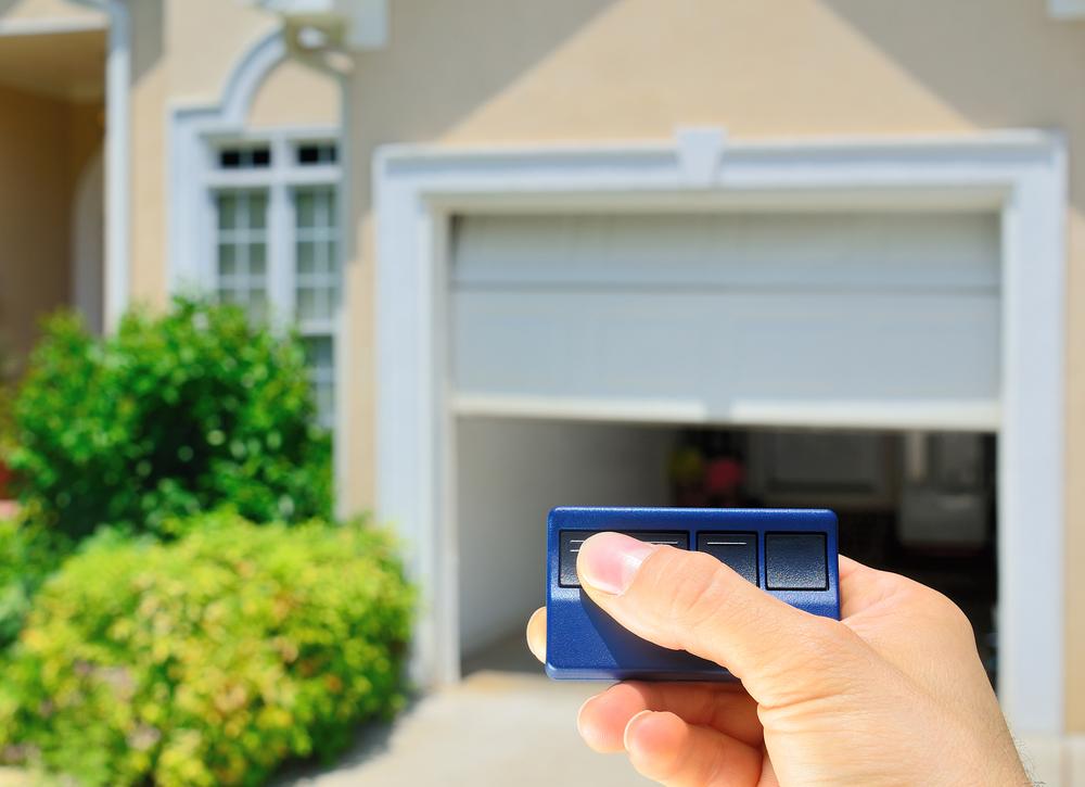 use a garage door opener in front of a scottsdale home