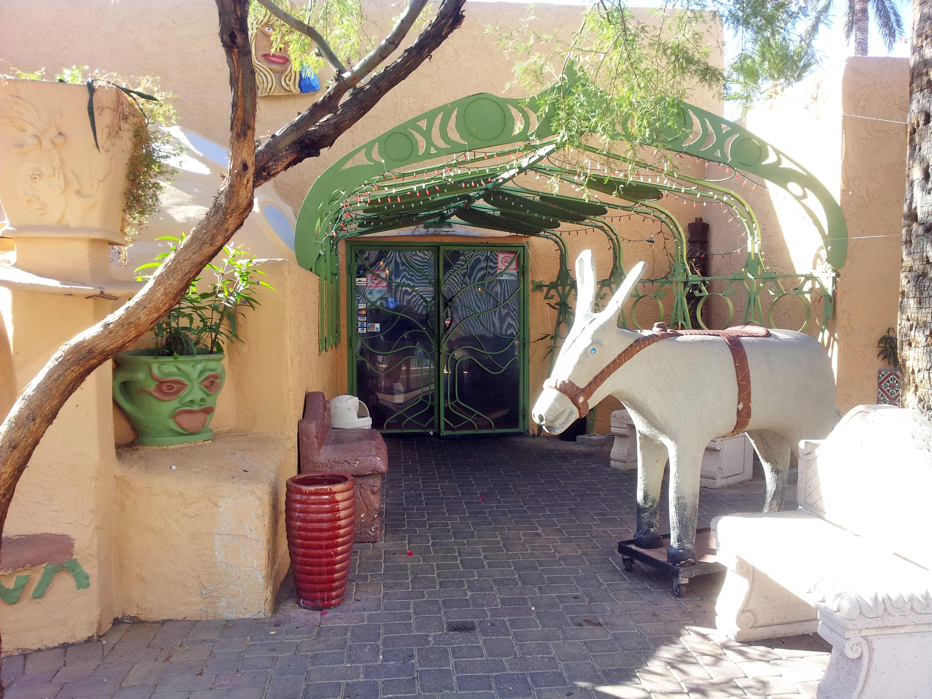 the entry to los olivos restaurant oldtown scottsdale