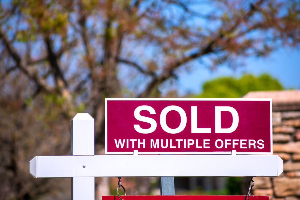 sign on scottsdale home sold with multiple offers