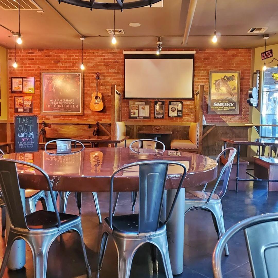 dining area of bryans bbq restaurant in cave creek az