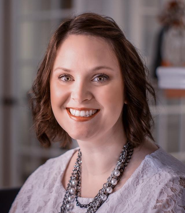 Elizabeth Downs, Real Estate Agent