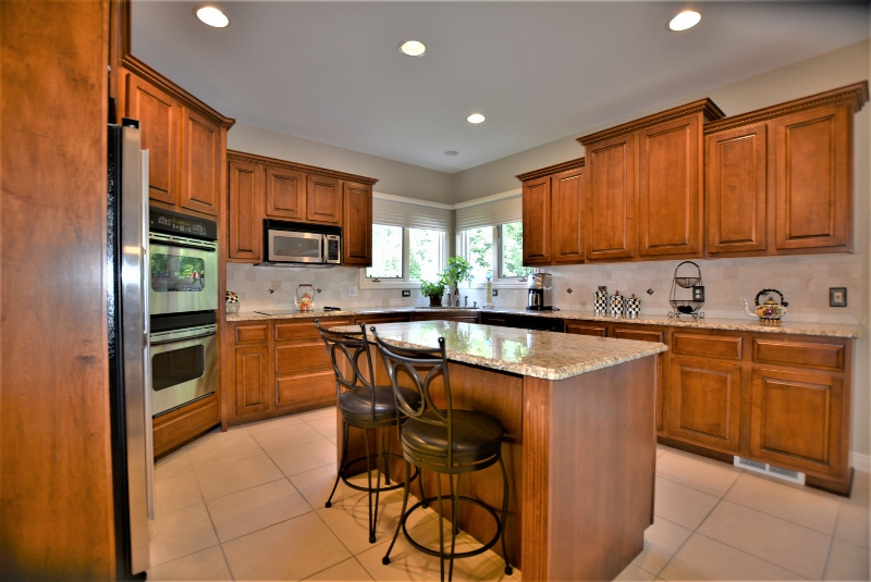 13507 Maple Lawn in Birchfield Subdivision, Shelby Twp Kitchen