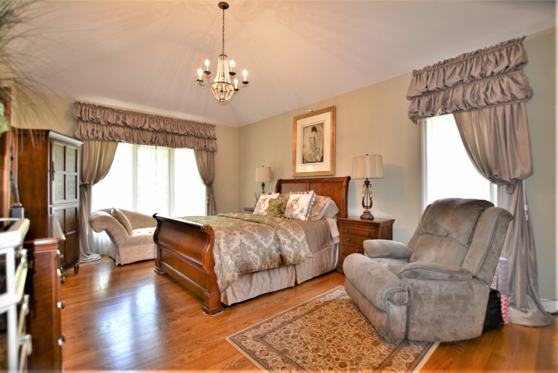 13507 Maple Lawn in Birchfield Subdivision, Shelby Twp Primary