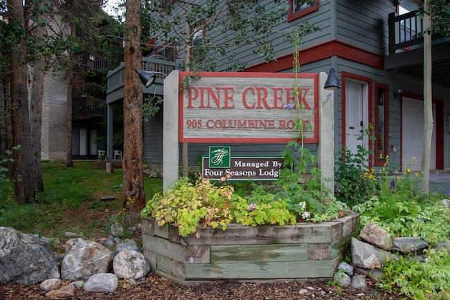 Pine Creek Condos, Breckenridge, Sign