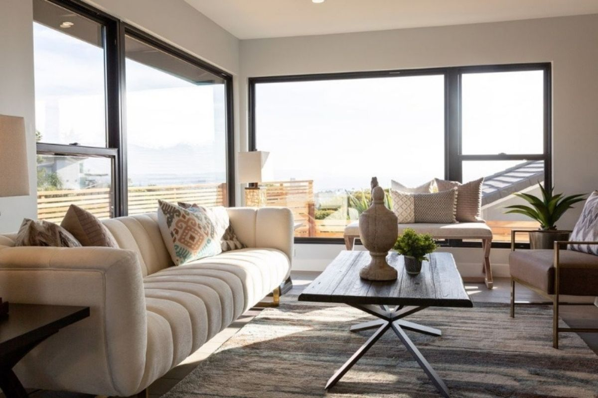 Reasons to Buy a Home in San Diego - Live Here and Work for There