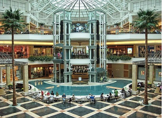 Somerset Collection Mall in Troy Michigan