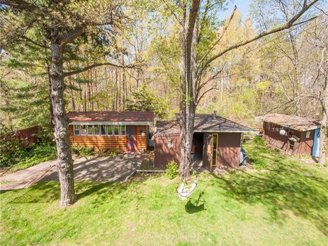 Homes for Sale in Walnut Lake Rd