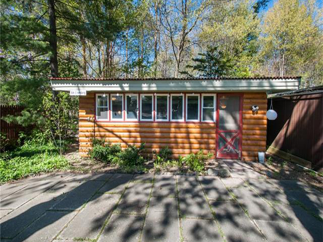Homes for Sale in Homes for Sale in Walnut Lake Rd MI