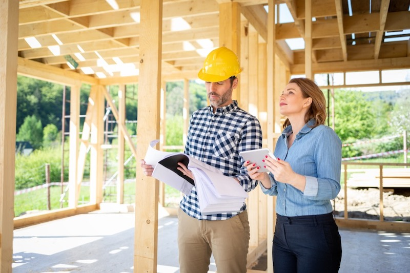 Working With a Contractor on Home Improvement Project