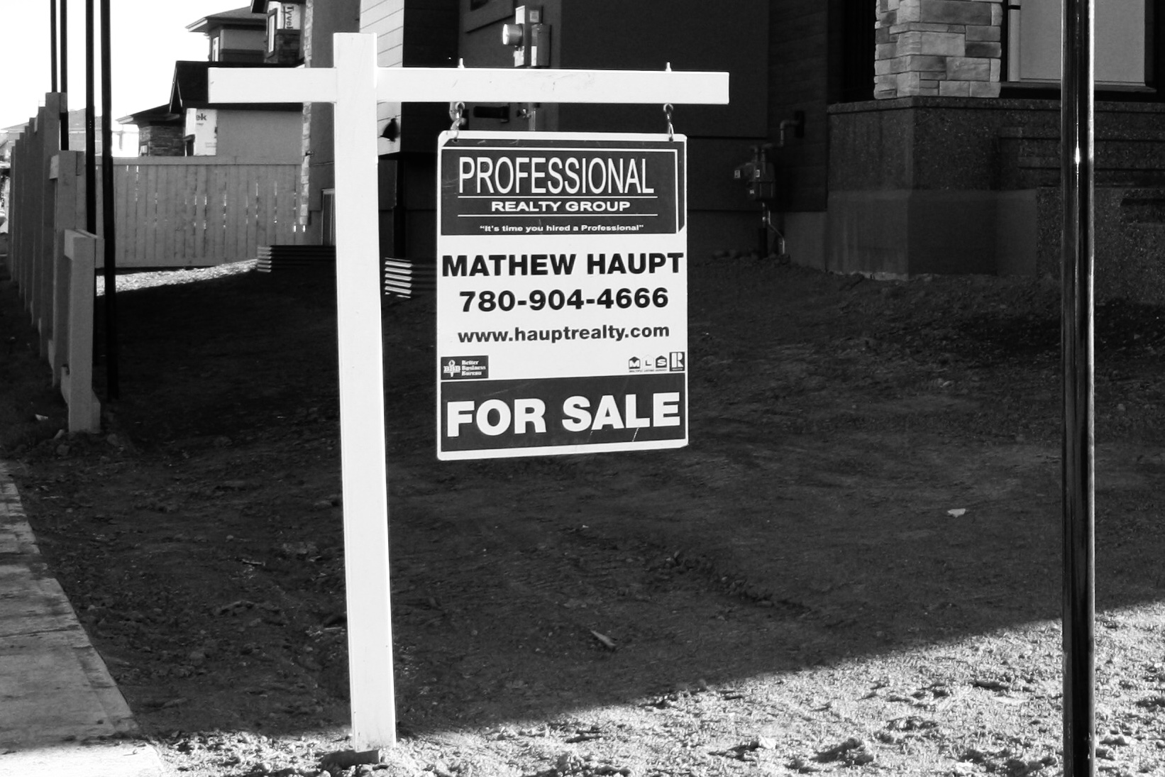 An image with Mathew Haupts sold sign