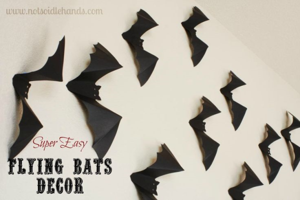 flying bats resized 600