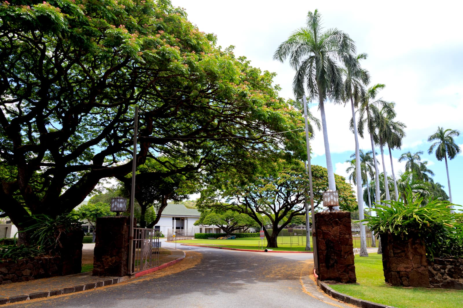 Punahao Private School Entrance