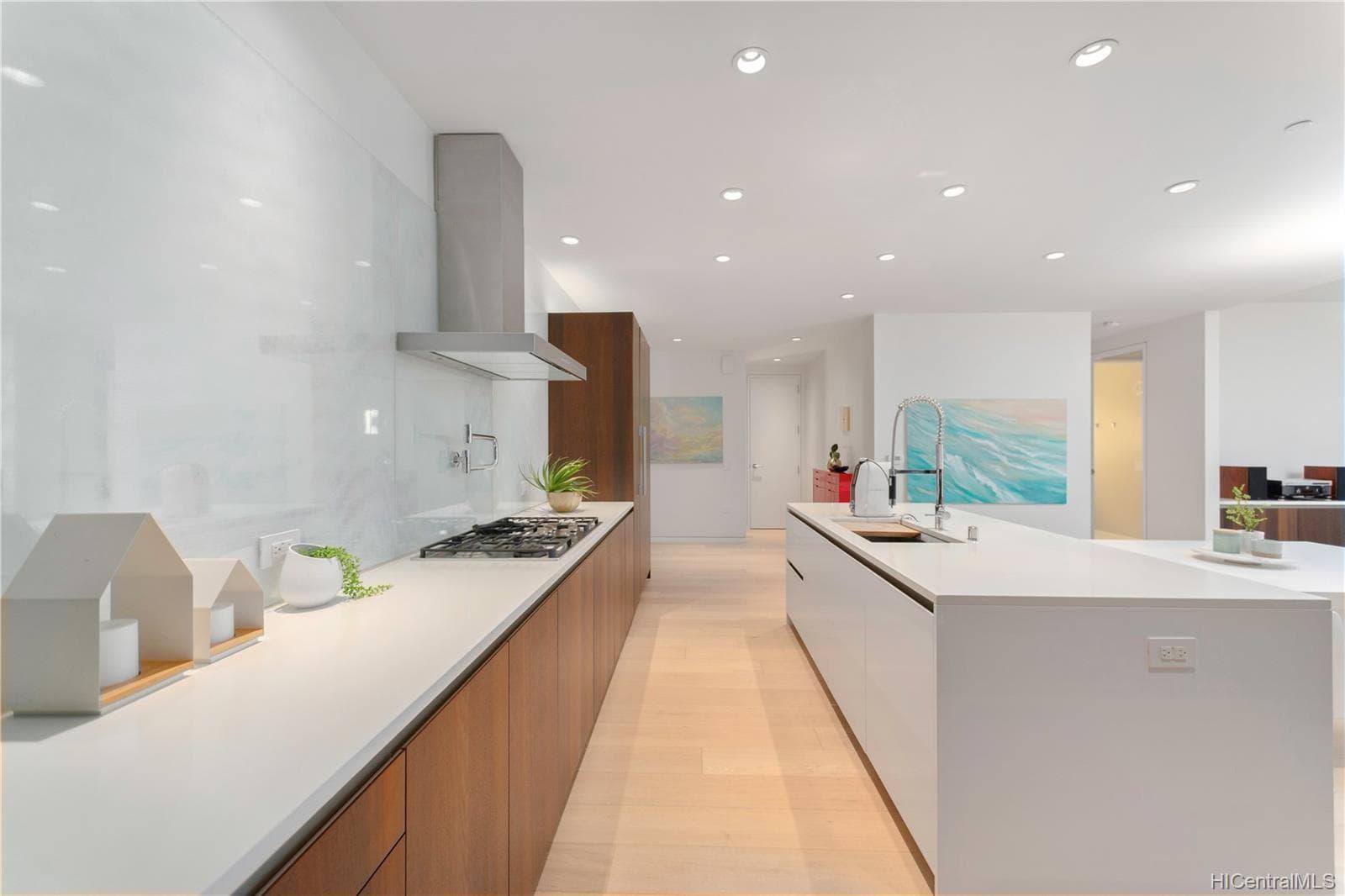 Waiea Kitchen 2