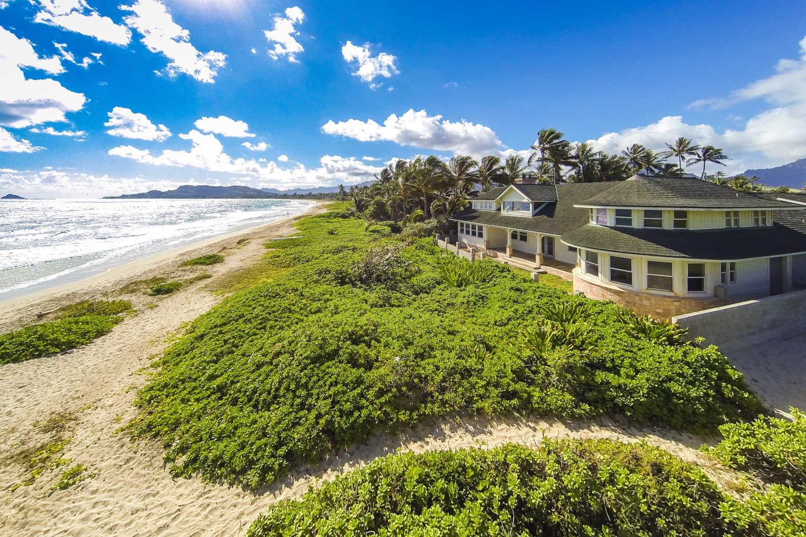 Kailua Beachside oceanfront