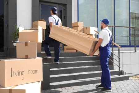 The Pros and cons of hiring a moving company