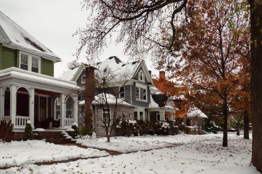 Reasons To Buy Investment Property in Winter