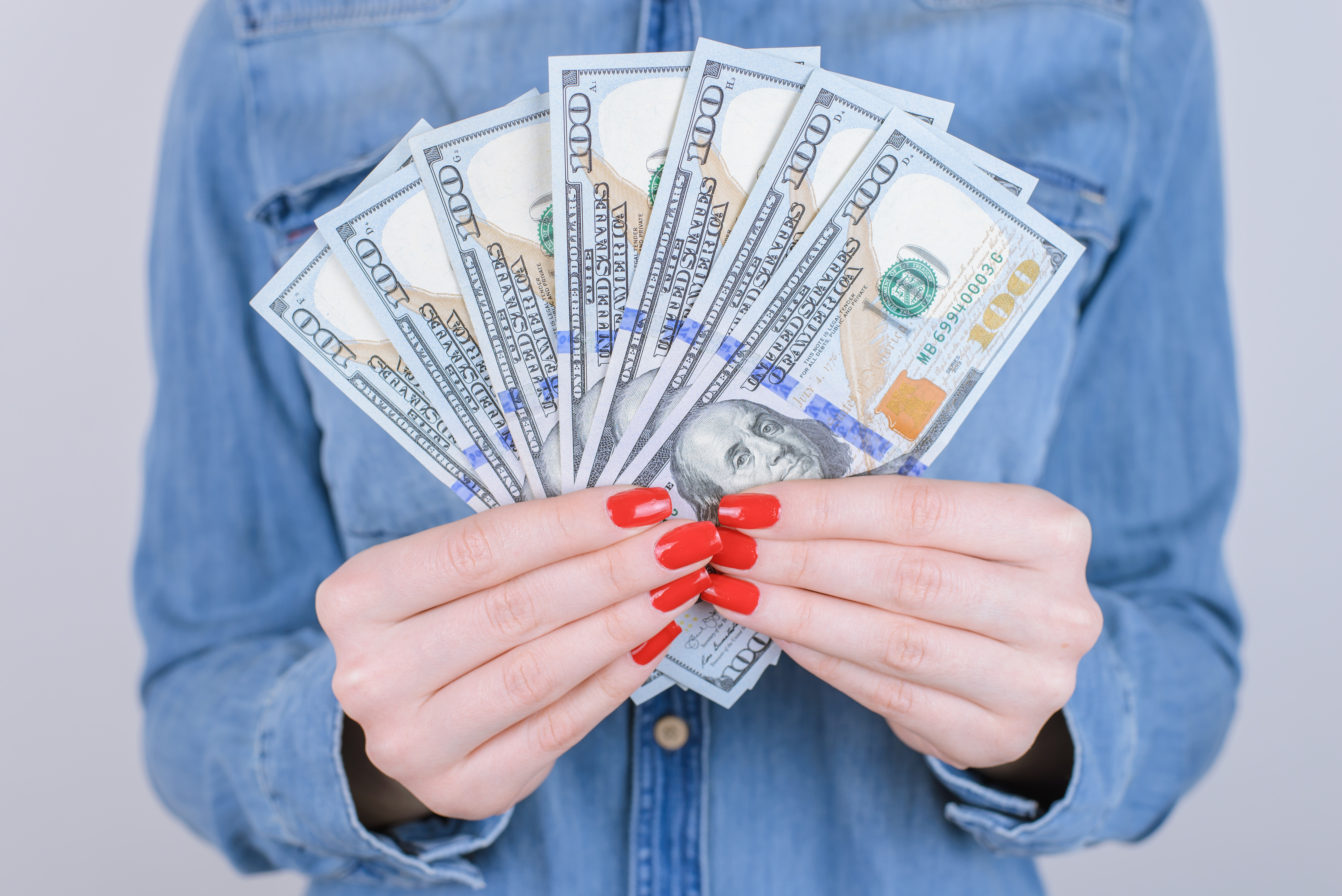 Who Do I Contact If I Want to Buy a Home with Cash?