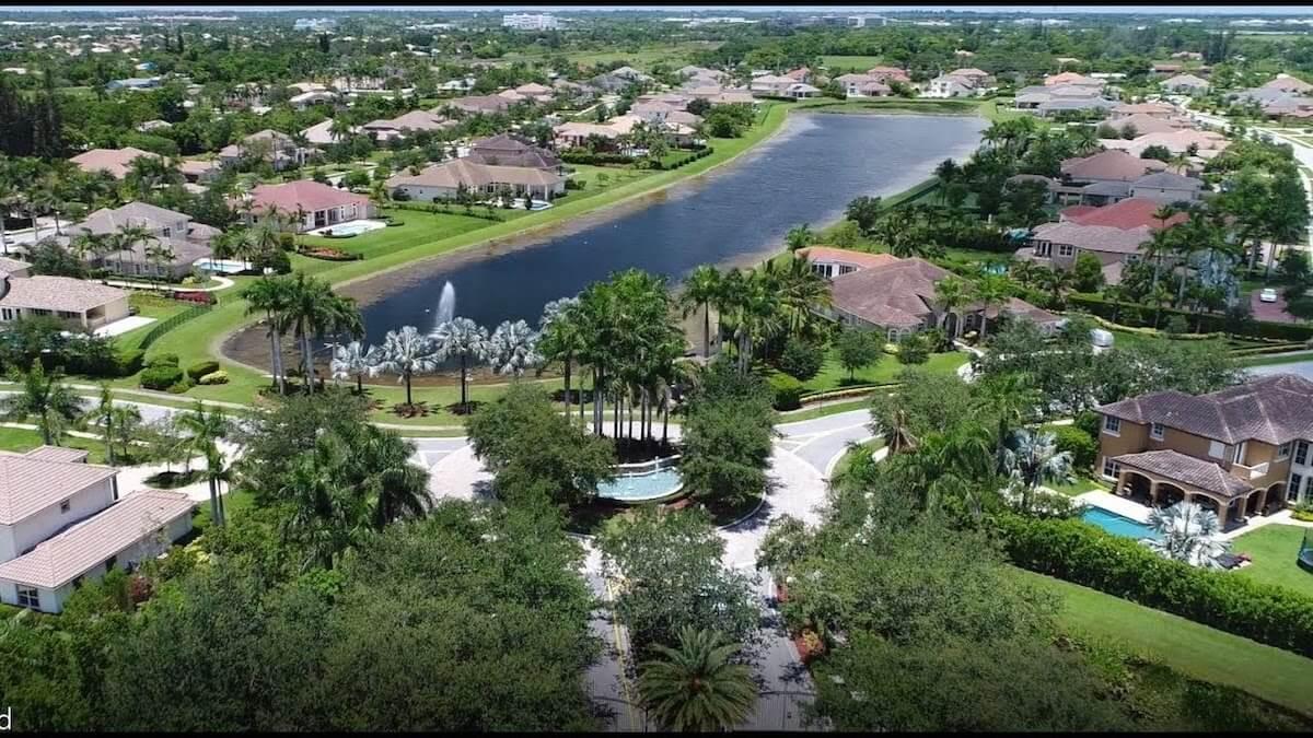 Davie, Florida Community