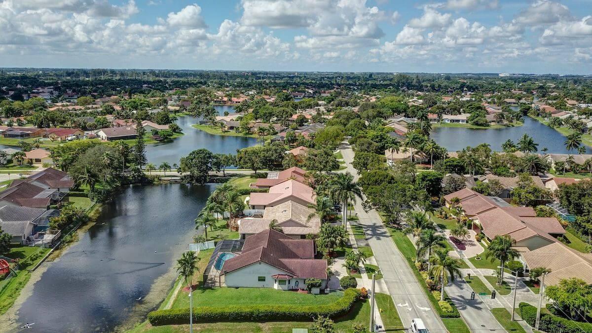 Plantation, Florida Community