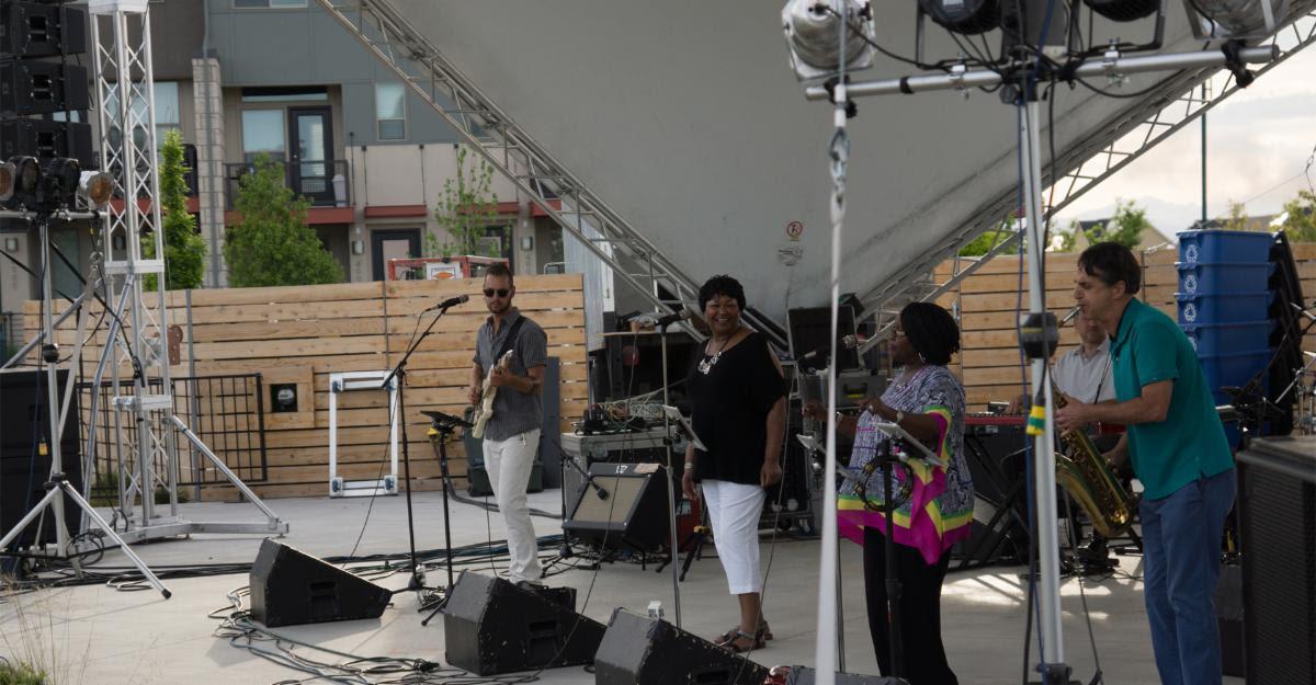 Hazel Miller Band at MoJaBlu