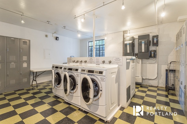 The Envoy Condos Laundry Room